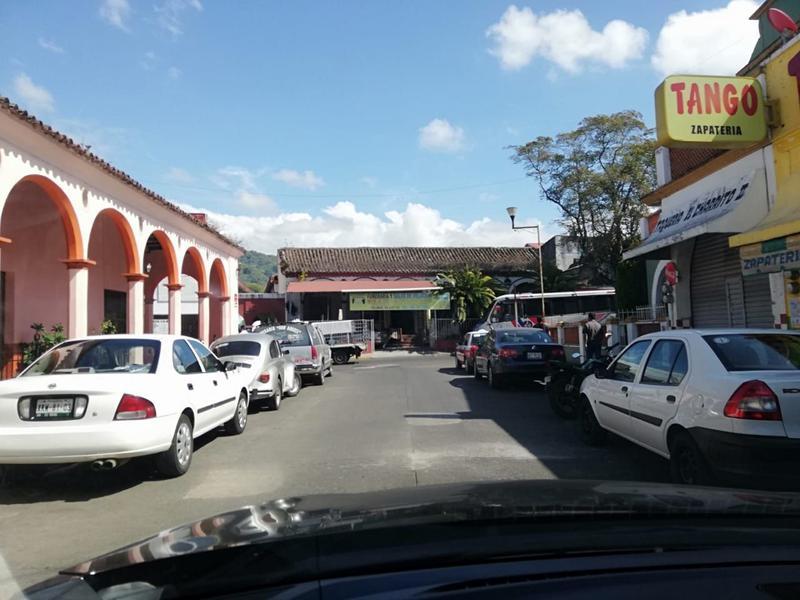 Foto Casa en Venta en  San Andres Tuxtla Centro,  San Andrés Tuxtla          CASA EN VENTA (PARA COMERCIO) COLONIA CENTRO SAN ANDRES TUXTLA VERACRUZ