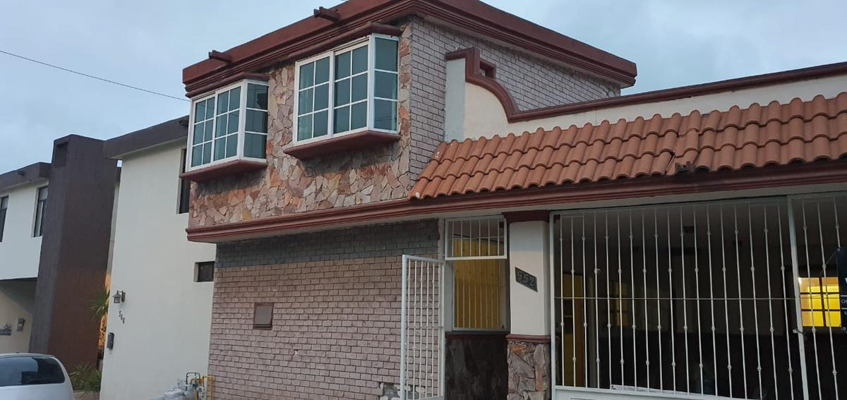 Foto Casa en Venta en  Cumbres 3er Sector,  Monterrey  Casa en Venta Cumbres 3 sect Monterrey NL