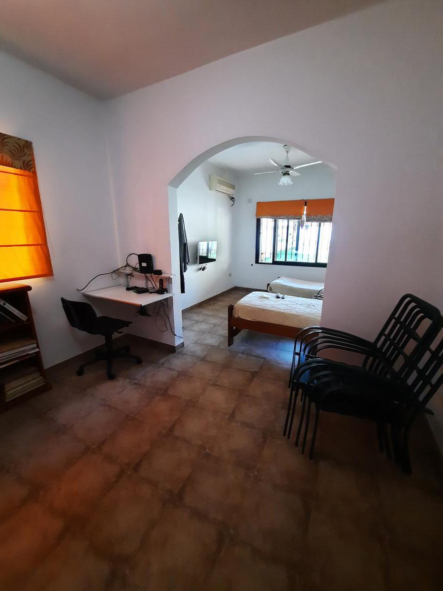 Foto Casa en Venta en  Moron Sur,  Moron  Concejal Ramella 328. Moron