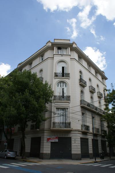 Foto Departamento en Venta | Alquiler en  Monserrat,  Centro  San Jose al 1100