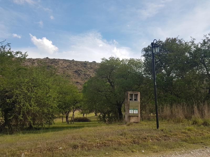 Foto Terreno en Venta en  Potrerillo de la Larreta,  Alta Gracia  Potrerillo de Larreta -  1795m2 -sobre cancha