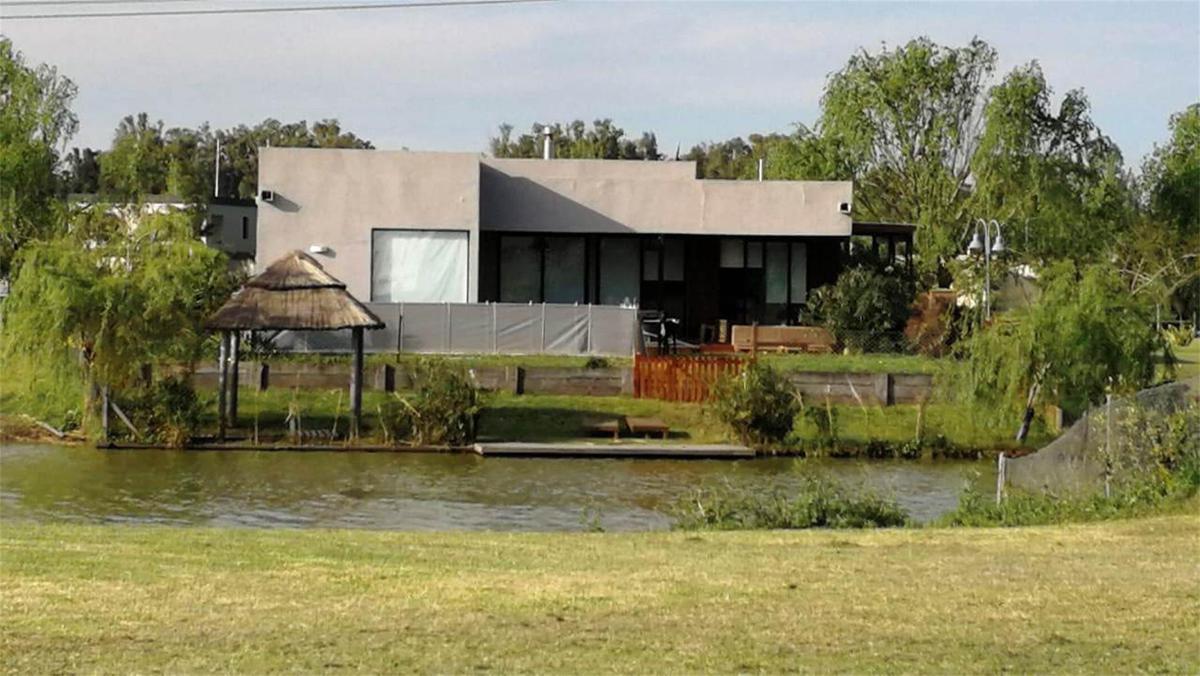 Foto Casa en Venta en  Santa Isabel,  Countries/B.Cerrado (Escobar)  Santa Isabel etapa 1