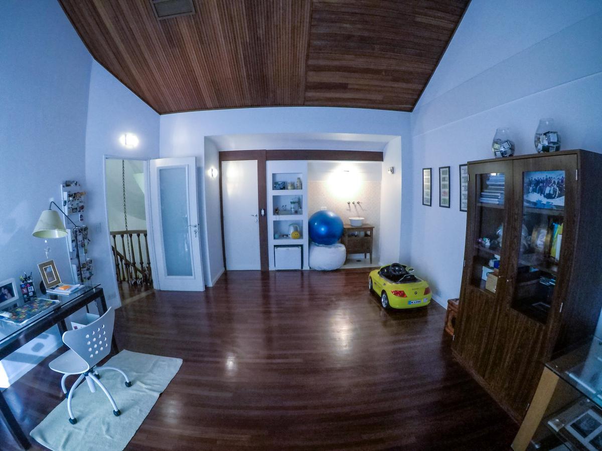 Foto Casa en Venta en  Barrio Vicente López,  Vicente López  Gaspar Campos 1000