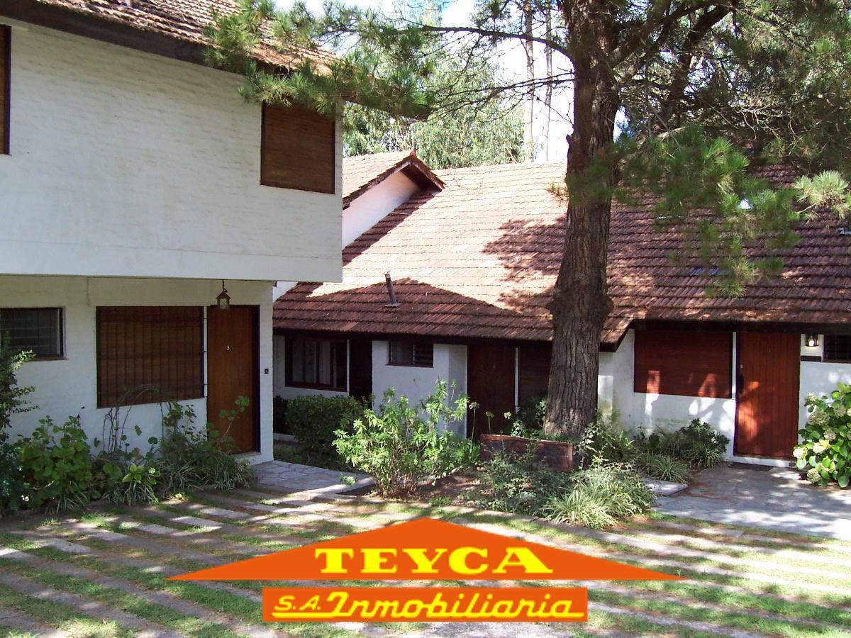 Foto Departamento en Alquiler temporario en  Duplex,  Pinamar  De la Lisa 942 e/ de las Artes y Centauro