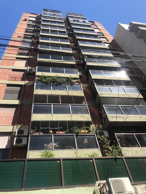 Foto Departamento en Alquiler en  Almagro ,  Capital Federal  Rivadavia al 3500