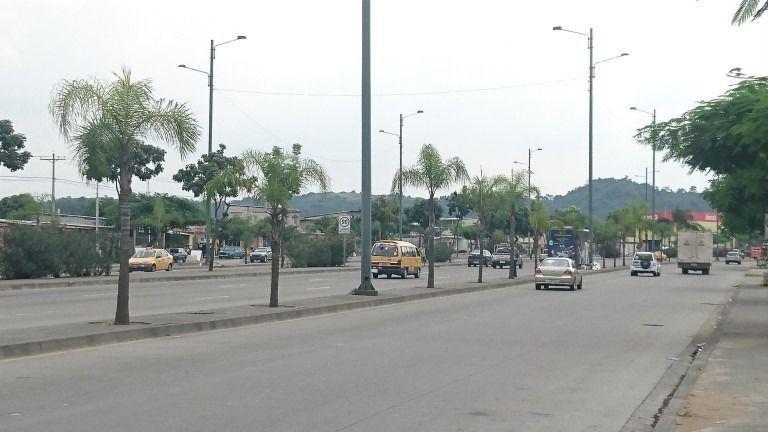 Foto Terreno en Venta en  Norte de Guayaquil,  Guayaquil  Autopista terminal terrestre - pascuales sector vergeles