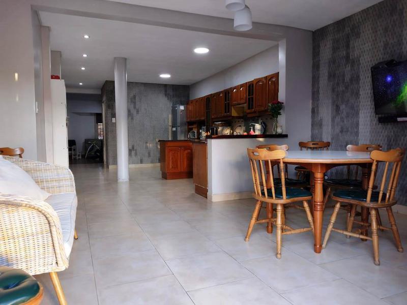 Foto Casa en Venta en  Banfield Oeste,  Banfield  Payro e/ French y Berutti