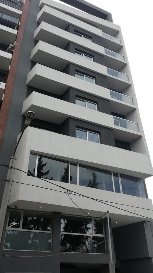 Foto Departamento en Venta en  Capital ,  Neuquen  Avenida san juan al 300