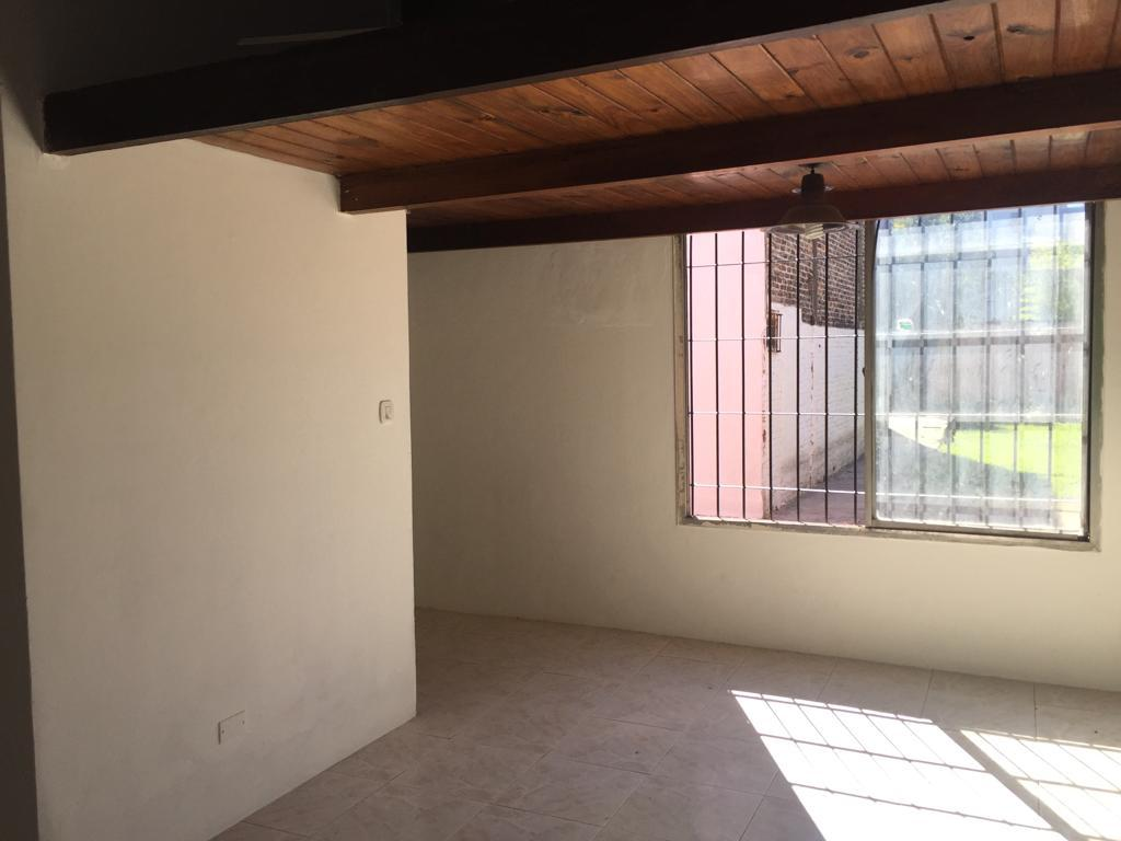 Foto Casa en Venta en  Troncos Del Talar,  Tigre  Caseros N° 300