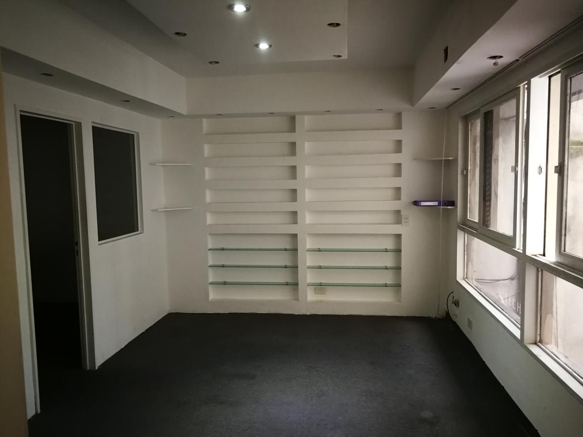 Foto Oficina en Venta en  Recoleta ,  Capital Federal  Charcas  al 2700