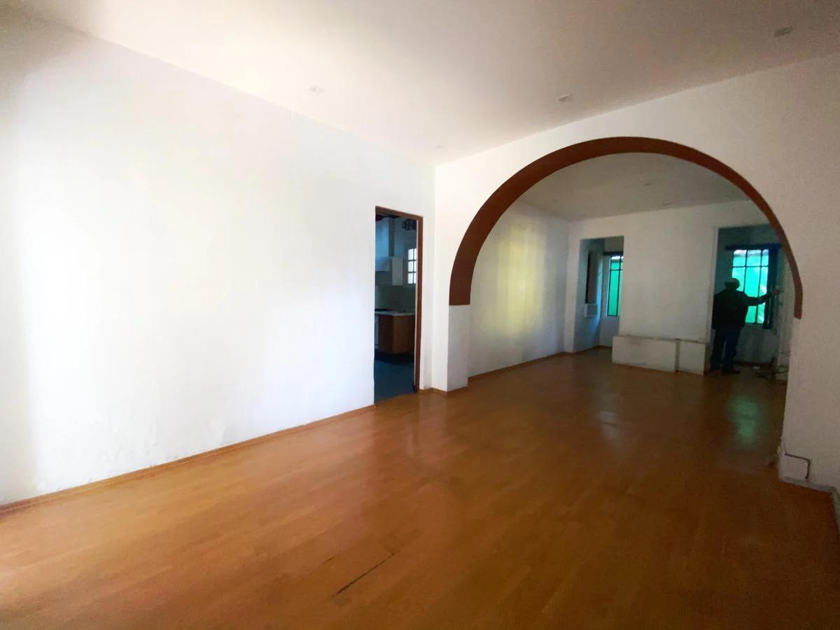 Foto Casa en Renta en  San Pedro de los Pinos,  Benito Juárez  Av. 1° de Mayo No. al 200