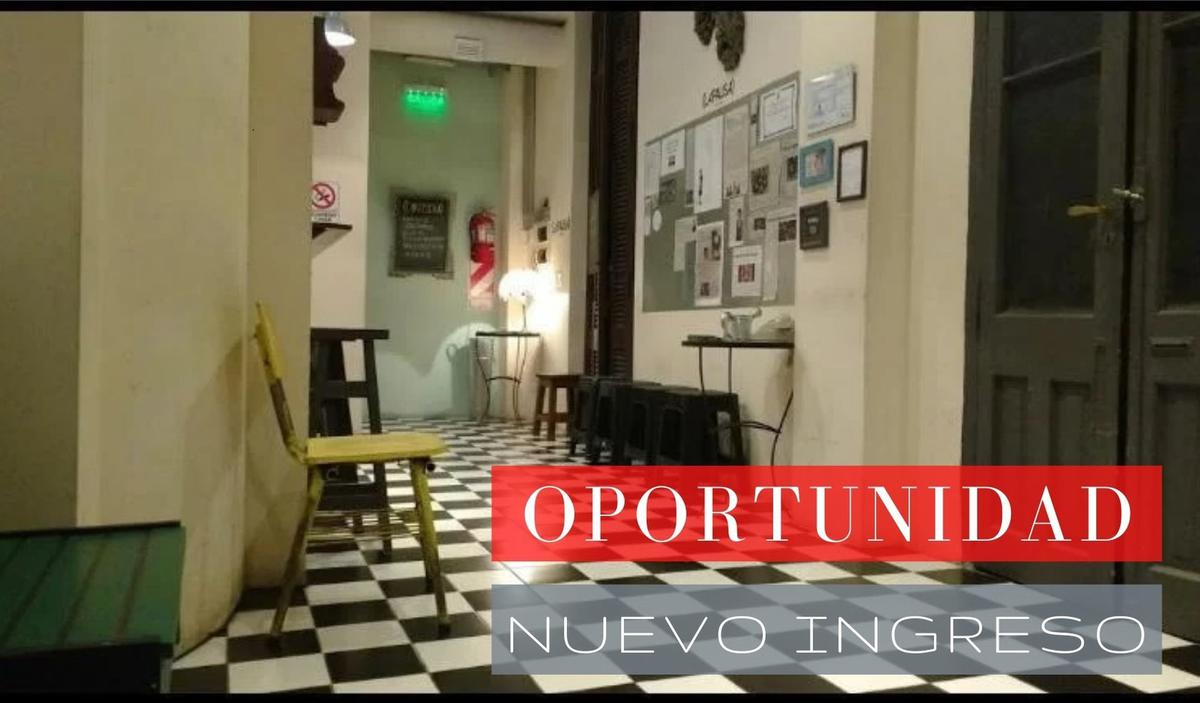 Foto Local en Alquiler en  Almagro ,  Capital Federal  Av. Corrientes al 4500