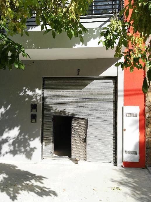 Foto Local en Venta en  Wilde,  Avellaneda  Lartigau al 100