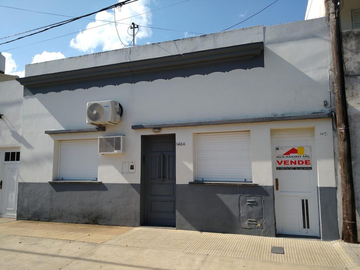 Foto Casa en Venta en  Santa Fe,  La Capital  CORDOBA al 1400