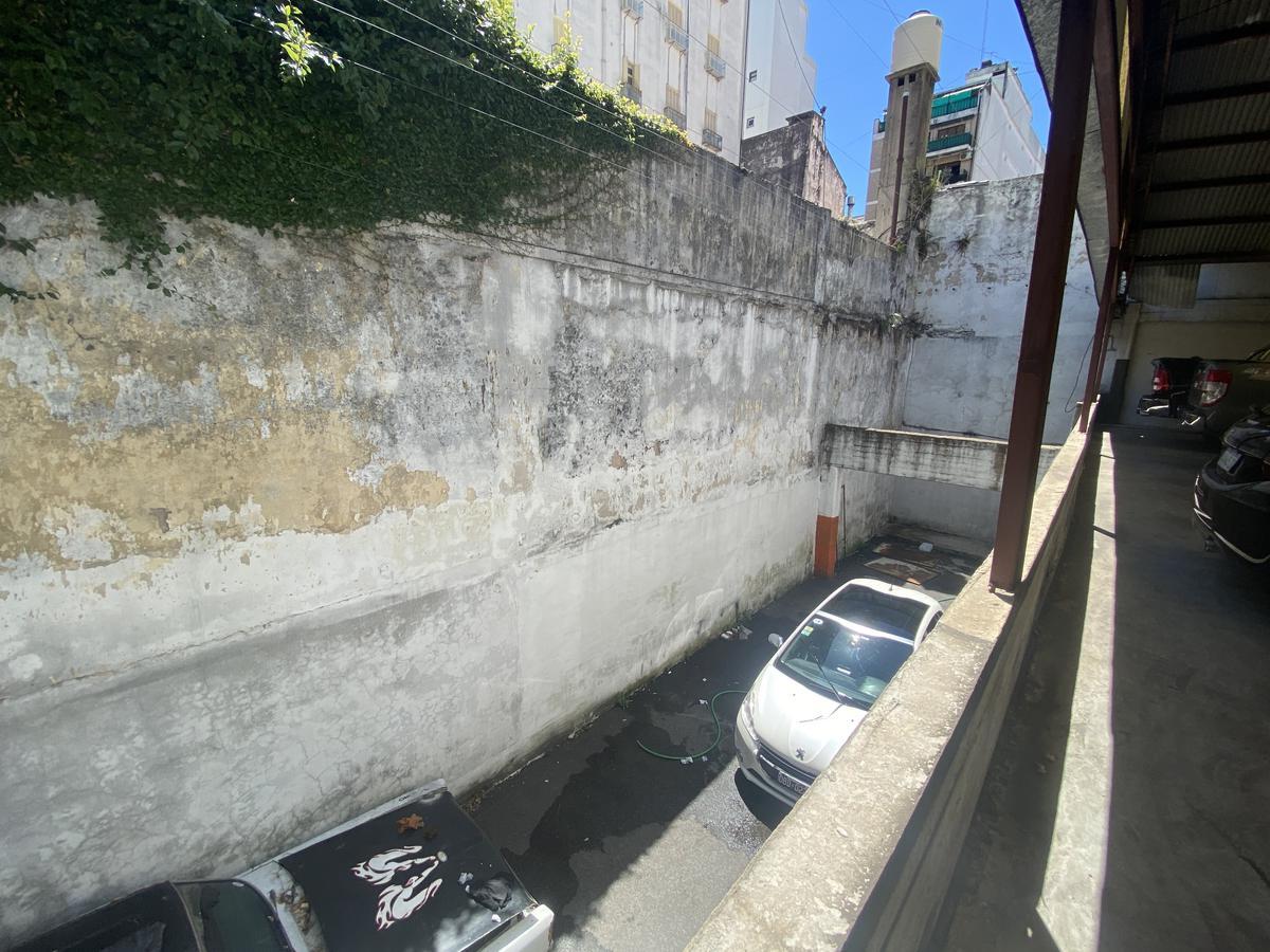 Foto Terreno en Venta en  Balvanera ,  Capital Federal  Hipolito Irigoyen al 2100