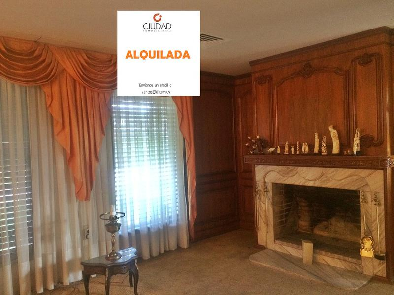 Foto Casa en Venta en  Carrasco ,  Montevideo  Carrasco clásico, familia grande o empresa