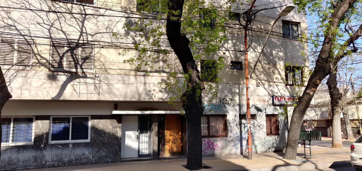 Foto Departamento en Venta en  Capital ,  Mendoza  25 DE MAYO al 1400