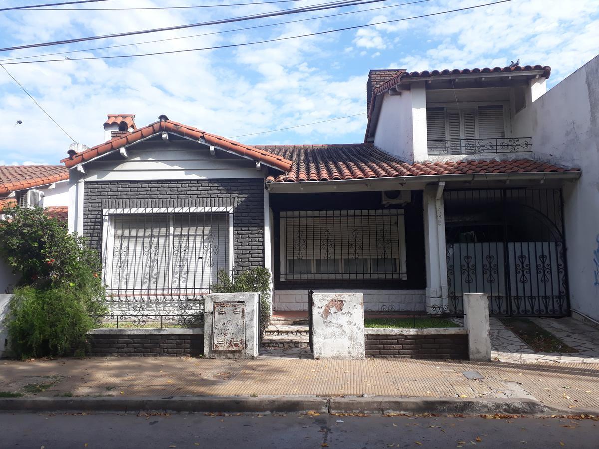 Foto Casa en Venta en CAÑADA DE JUAN RUIZ al 300, G.B.A. Zona Oeste | Moron | Castelar