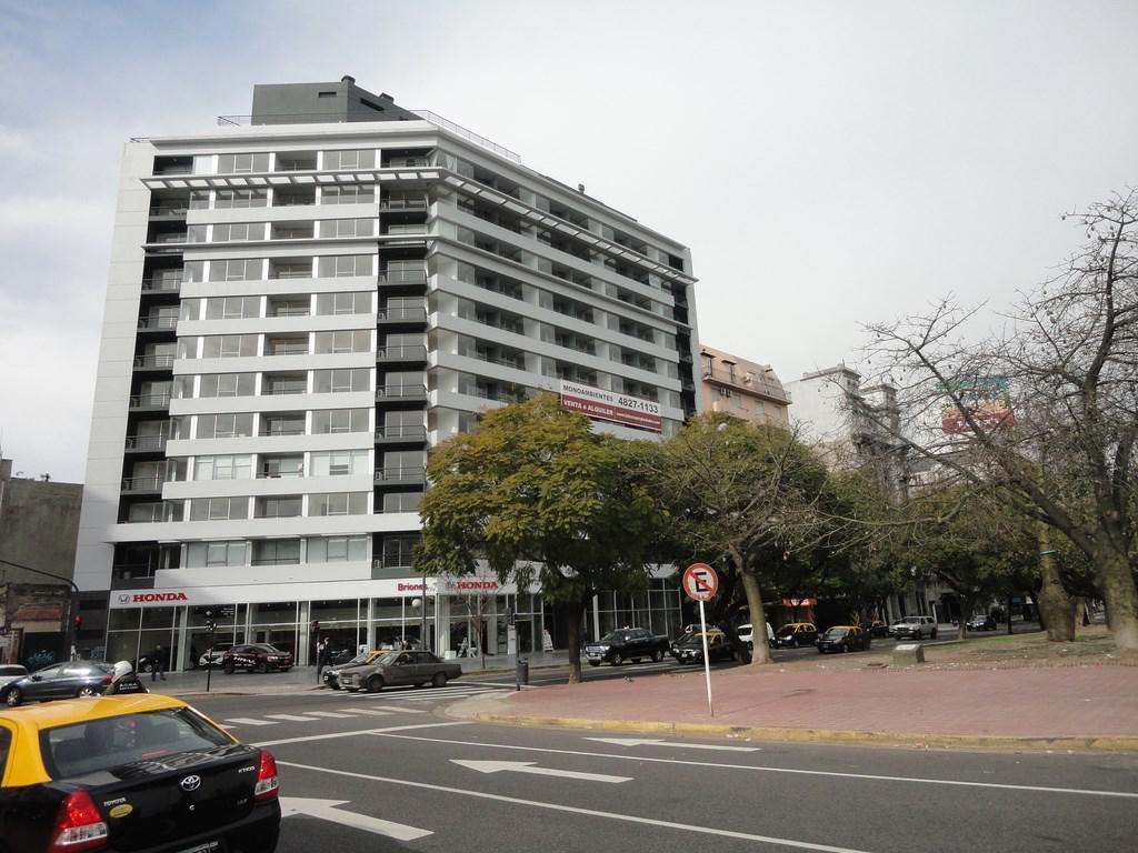 Foto Departamento en Venta en  Monserrat,  Centro  Bernardo de Irigoyen al 600- 7º piso c/ cochera