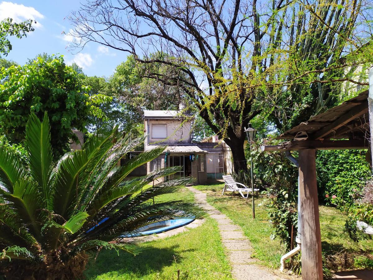 Foto Casa en Venta en  Azcuenaga,  Rosario  FELIPE MORE 954