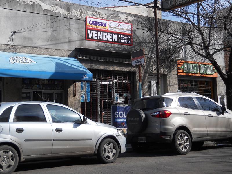 Foto Local en Venta en  Banfield,  Lomas De Zamora  VIEYTES 102