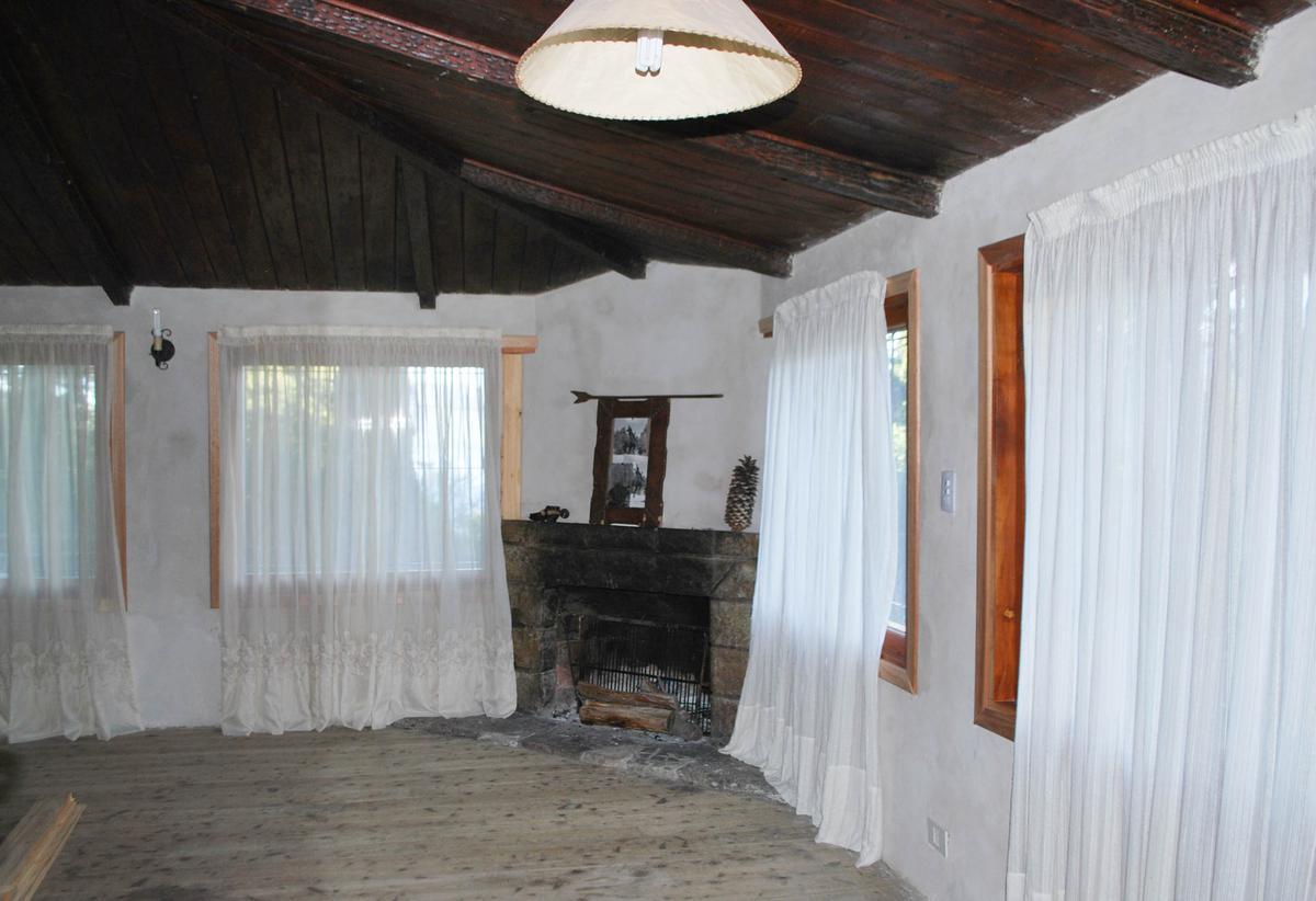 Foto Casa en Venta en  Península de San Pedro,  San Carlos De Bariloche  Peninsula San Pedro Bajada Selva Negra esq. Cachalote Pardo