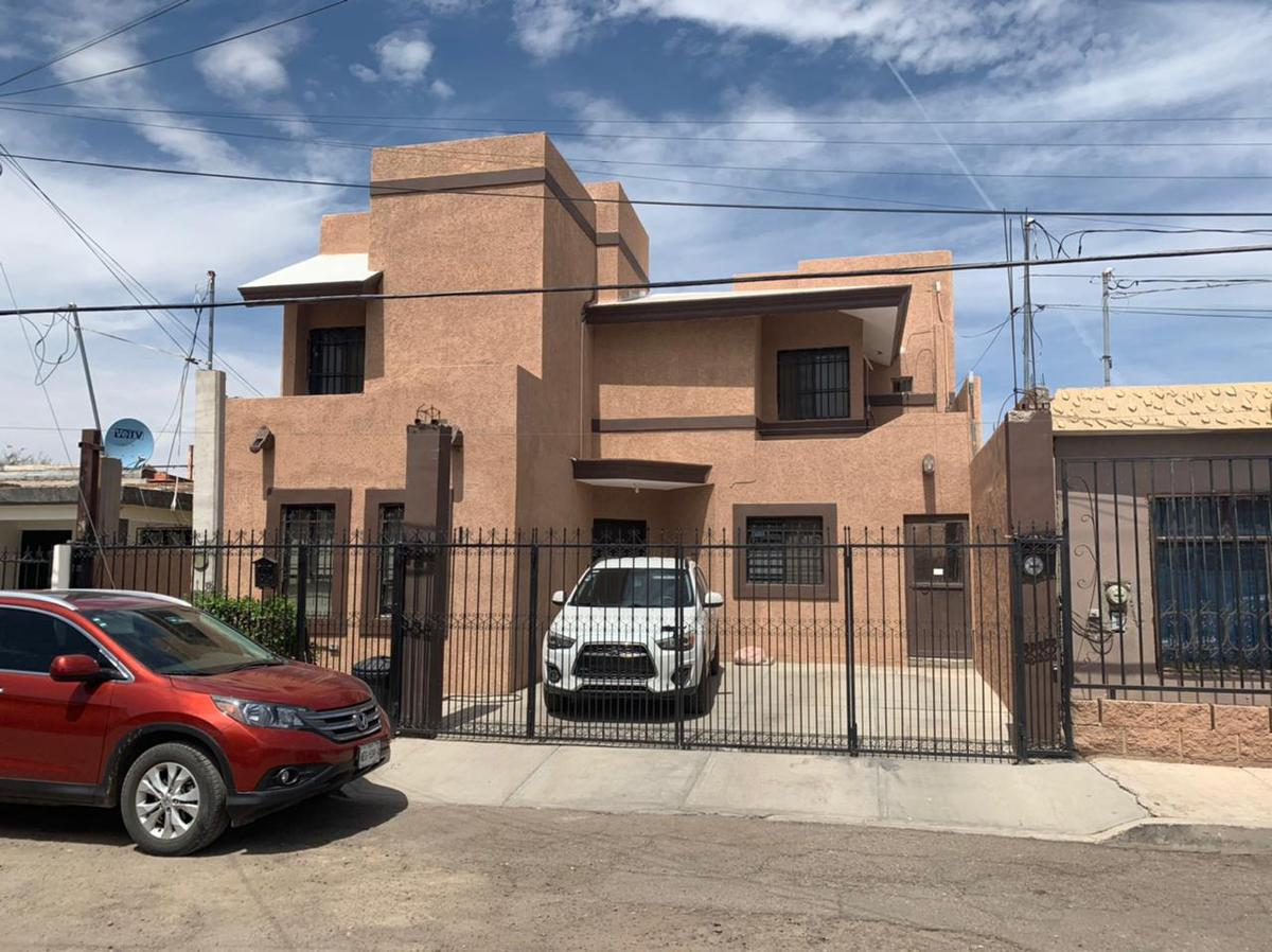 Foto Casa en Venta en  Olivares,  Hermosillo  CASA EN VENTA EN COLONIA OLIVARES