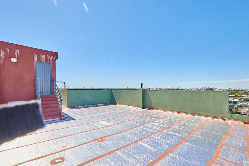 Foto Departamento en Venta en  Valentin Alsina,  Lanus  Paso de la Patria 600