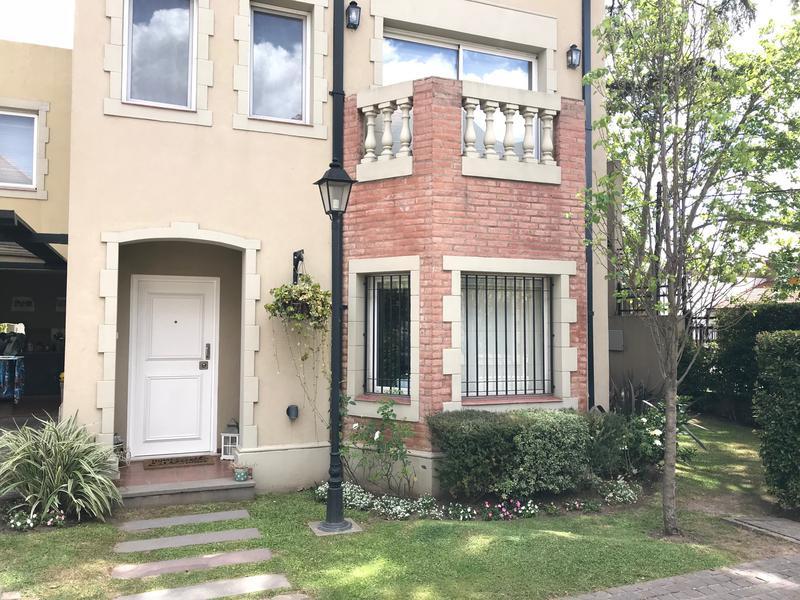 Foto Casa en Venta en  Temperley Oeste,  Temperley          Av. Fernandez 90 Casa 6