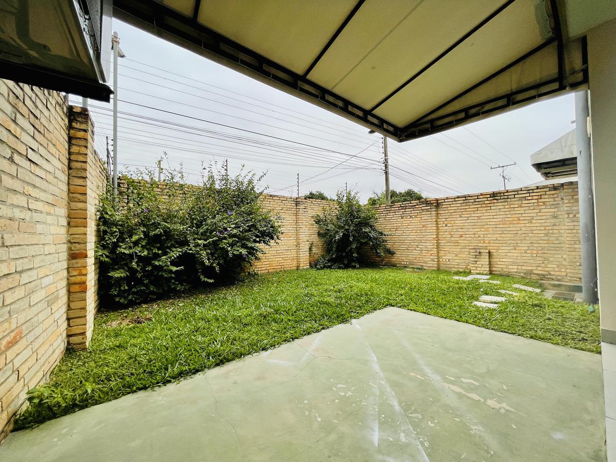 Foto Casa en Alquiler en  Luque,  Luque  Boulevard