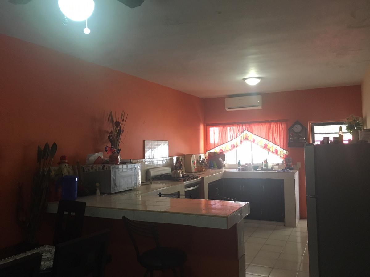 Foto Casa en Venta en  Torres de Satélite,  Monterrey  Casa en Venta en Colonia Mederos, Monterrey, N,  L. (CARS)