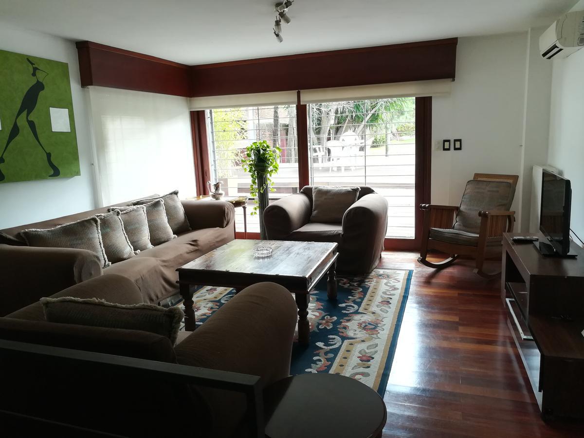Foto Casa en Venta | Alquiler en  Carrasco ,  Montevideo  Rambla República de México al 6000