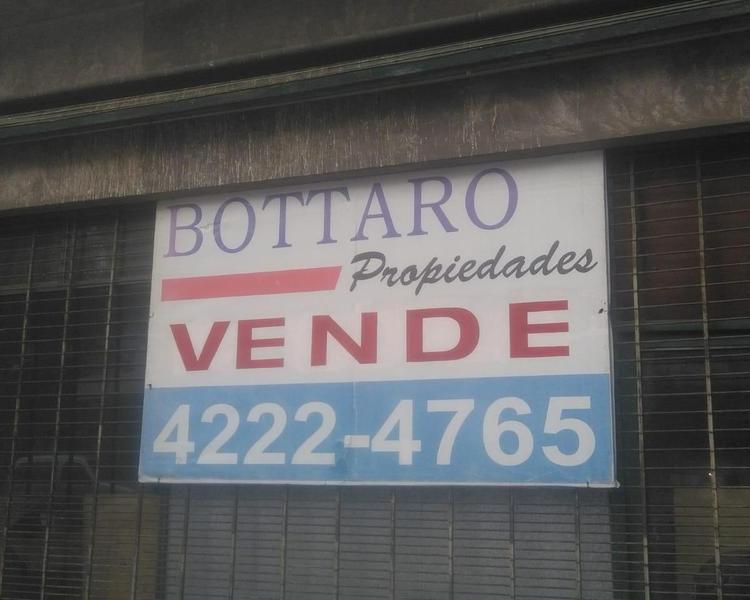 Foto Departamento en Venta en  Piñeyro,  Avellaneda  LEBENSHON 776