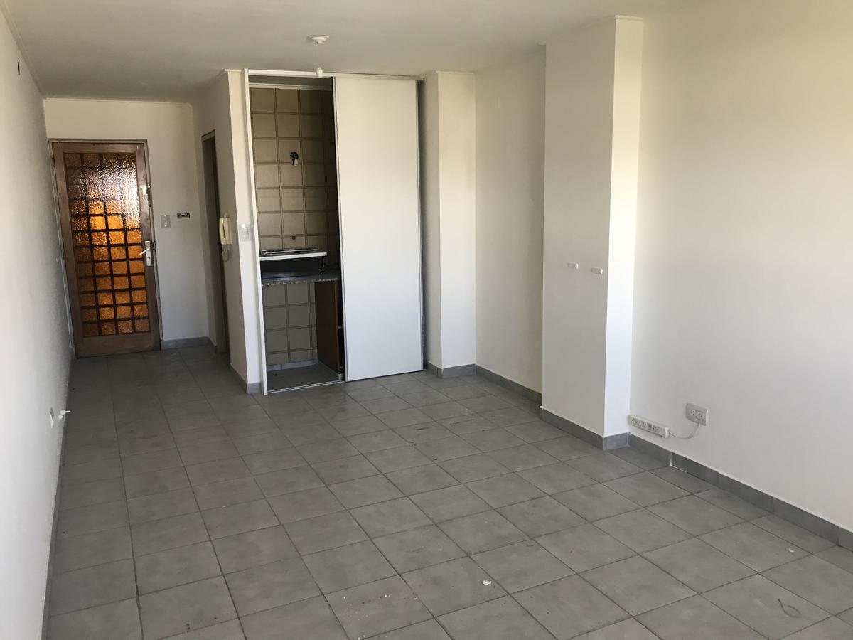 Foto Oficina en Alquiler en  Centro,  Cordoba  Ituzaingo al 100