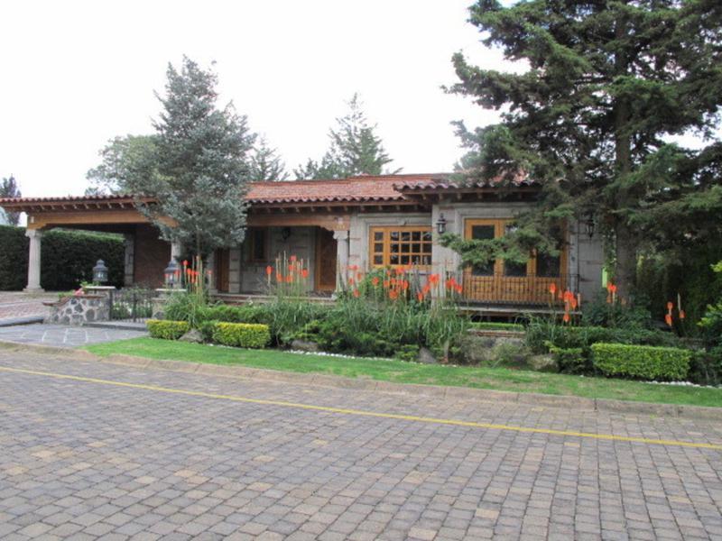 Foto Casa en Renta en  Club de Golf los Encinos,  Lerma  HERMOSA CASA ESTILO HDA, EN RENTA CLUB DE GOLF LOS ENCINOS SHCAT 1080