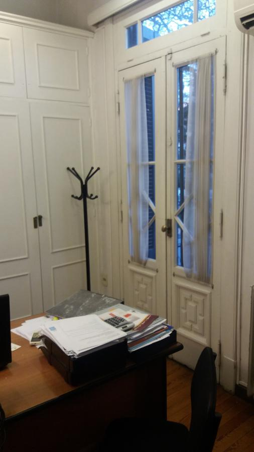 Foto Oficina en Venta en  Cordón ,  Montevideo  Br Artigas y Chana