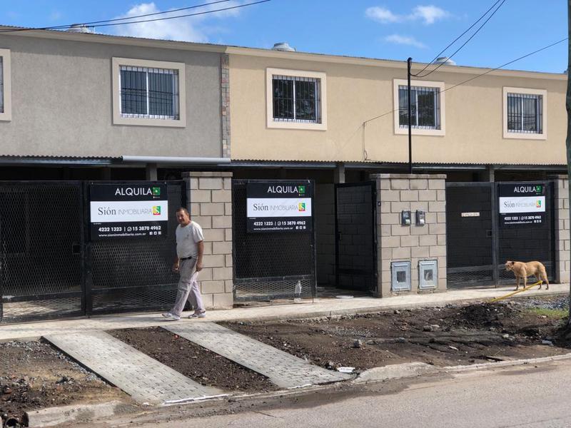 Foto PH en Venta en  Ezeiza ,  G.B.A. Zona Sur  CHACO 24
