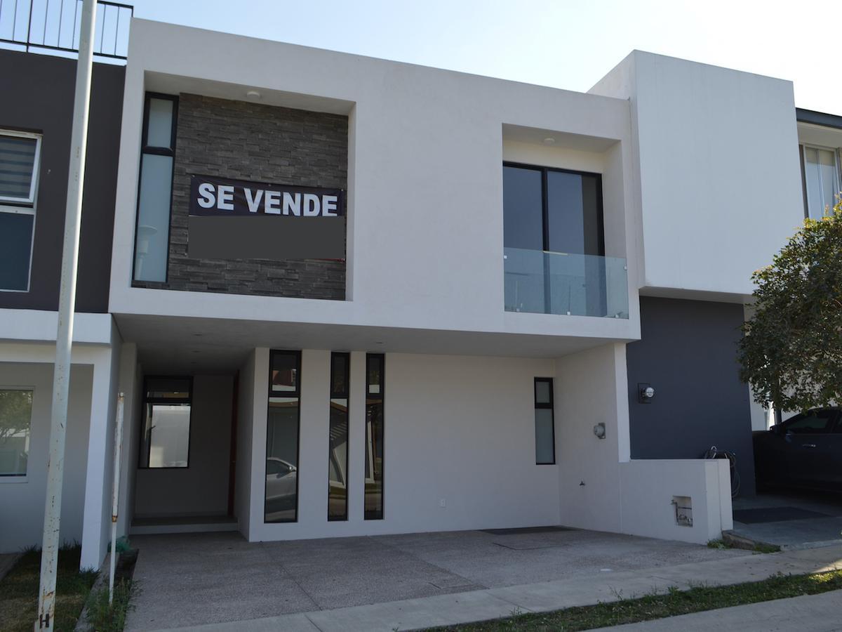 Foto Casa en Venta en  Fraccionamiento La Cima,  Zapopan  Av Federalistas 2122 99 Coto H