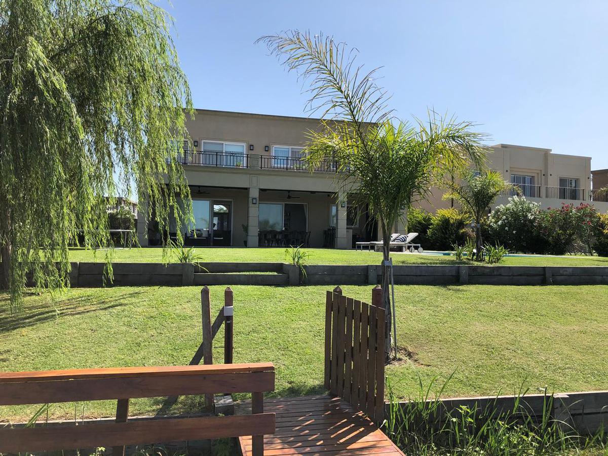 Foto Casa en Alquiler en  El Canton,  Countries/B.Cerrado (Escobar)  Excelente propiedad en alquiler (sin muebles)