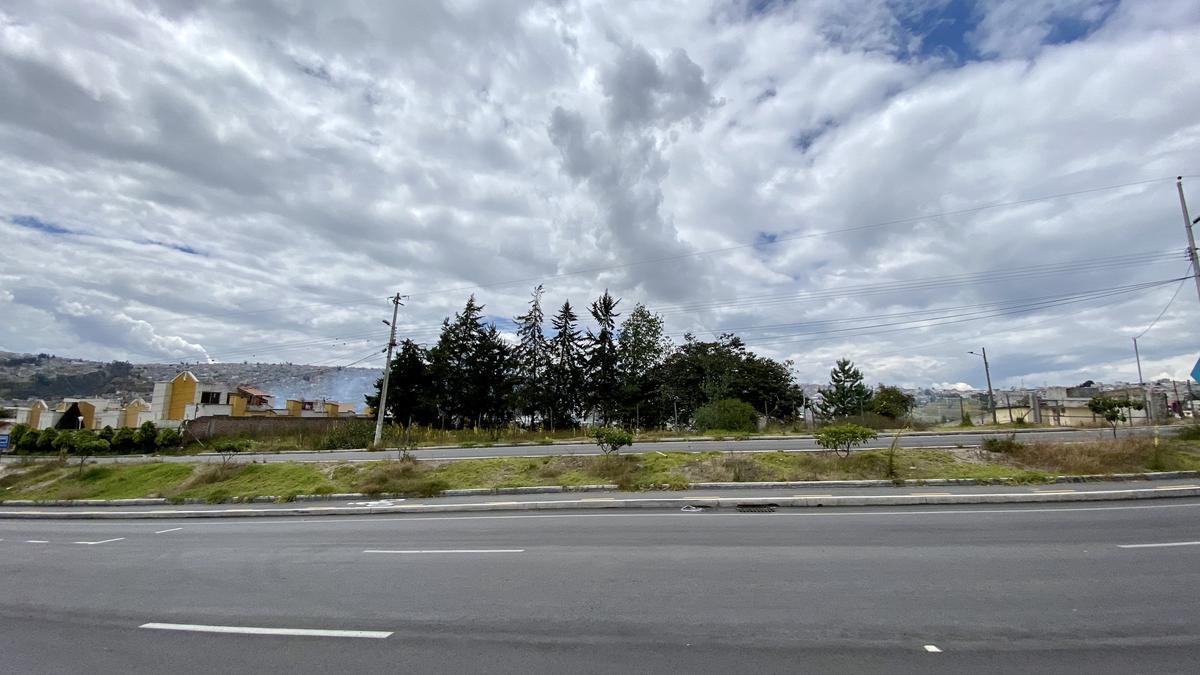 Foto Terreno en Venta en  Norte de Quito,  Quito  Carcelén