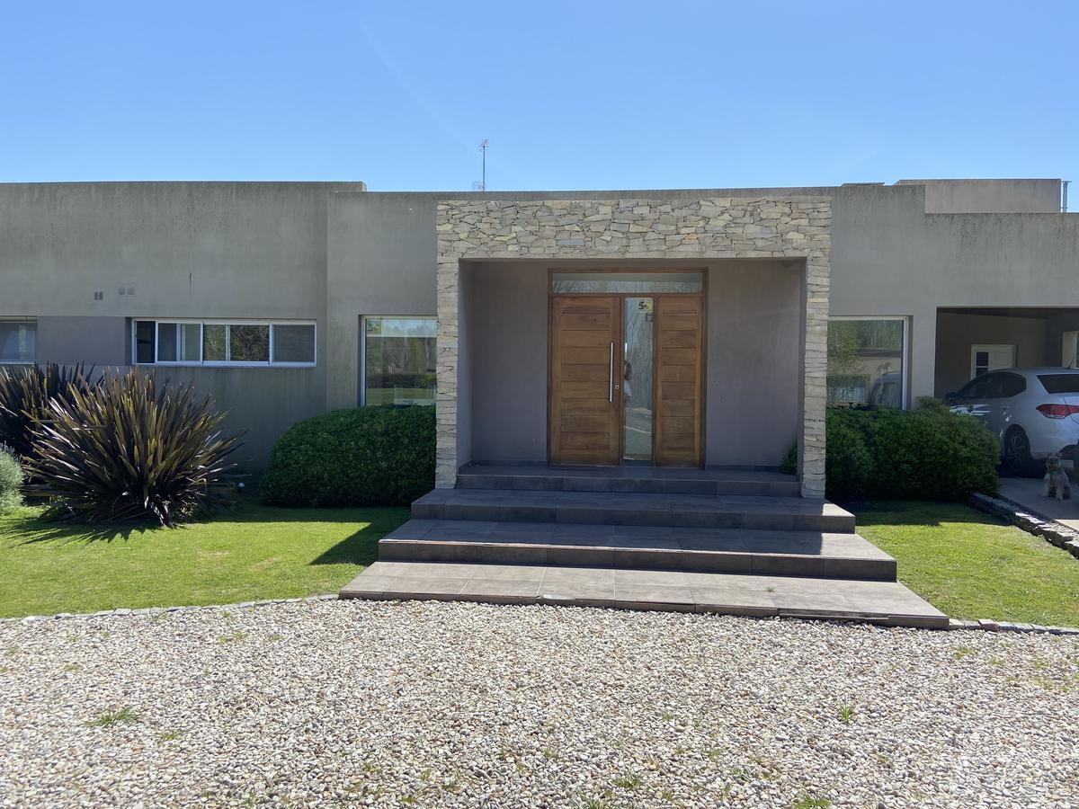 Foto Casa en Alquiler temporario en  Chacras Del Molino,  Countries/B.Cerrado (Exaltación)  Chacras del Molino Barrio privado de Chacras