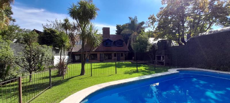 Foto Casa en Alquiler en  Las Lomas-San Isidro,  Las Lomas de San Isidro  Don Bosco al 2600