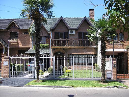Foto Casa en Venta en GOYENA PEDRO entre PERGAMINO y ARRECIFES, G.B.A. Zona Oeste | Moron | Castelar