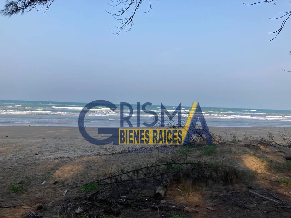 Foto Terreno en Venta |  en  Playa Norte,  Tuxpan  TERRENO EN PLAYA DE TUXPAN