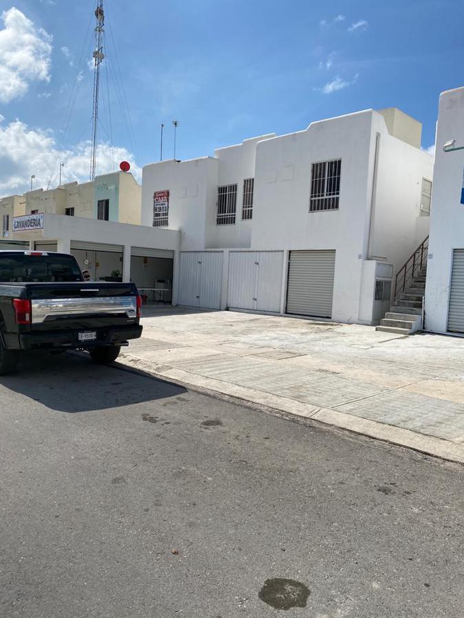 Foto Local en Renta en  Ejidal,  Solidaridad  Local Comercial villas del sol en Renta