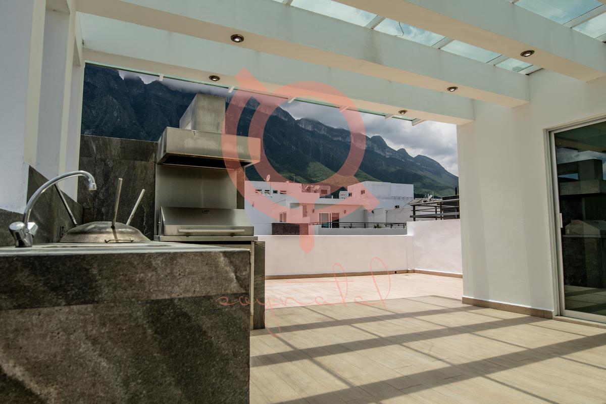 Foto Casa en Venta en  Cima del Bosque (Cumbres Elite 9 Sector),  Monterrey  Cima del Bosque