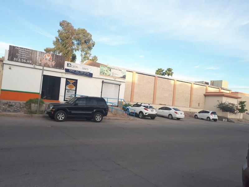 Foto Local en Renta en  Las Quintas,  Hermosillo  LOCAL COMERCIAL RENTA BLVD. CALZADA DE LOS ANGELES COL. LLANO VERDE