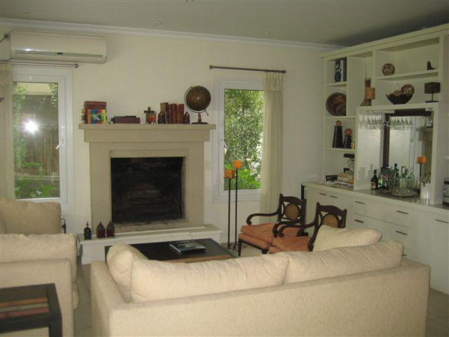 Foto Casa en Alquiler temporario en  Santa Barbara,  Countries/B.Cerrado (Tigre)  Bancalari Benavidez al 3900