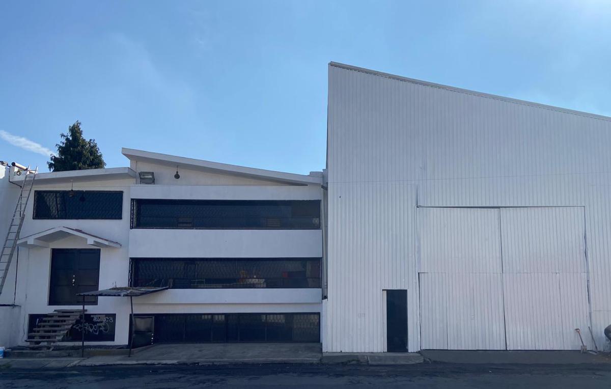 Foto Bodega Industrial en Renta en  Toluca ,  Edo. de México  BODEGA EN RENTA TOLUCA