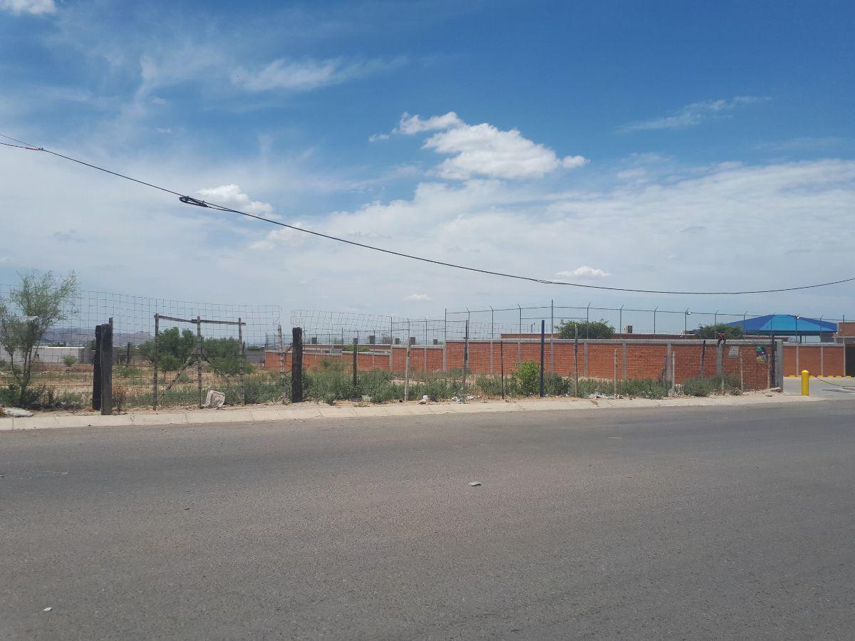 Foto Terreno en Venta en  Fraccionamiento Vista Real,  Hermosillo  Venta de Terreno en vista real  al Sur de Hermosillo, Sonora